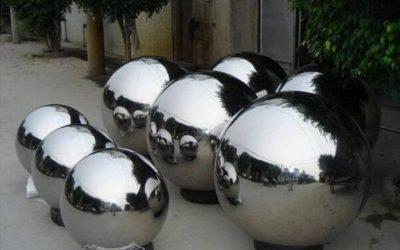 Bolas espelho prateadas