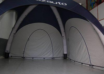 Lizauto - Interior da tenda