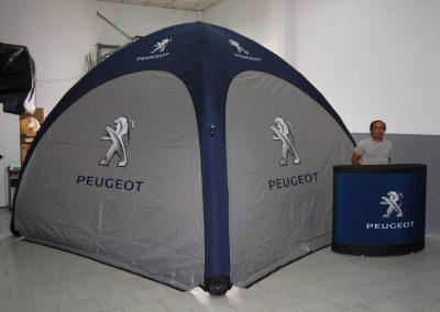Peugeot - Event Tent 4000 com impressão na cobertura e laterais