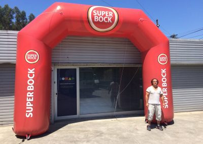 Pórtico Super Bock com 4m de altura